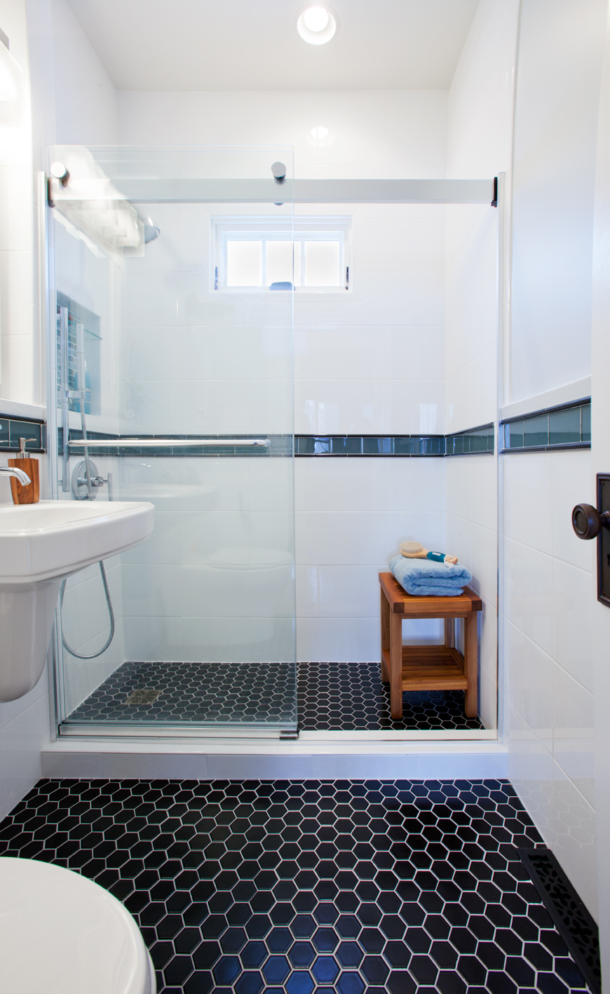 Kingfield Contemporary Bathroom 2